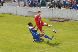 Scholars kick off with opening day win