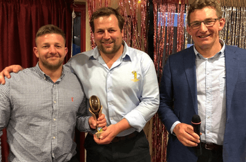 1st XV Player of the Season  -  Des Brett (collected by Chunk and Ballsy)