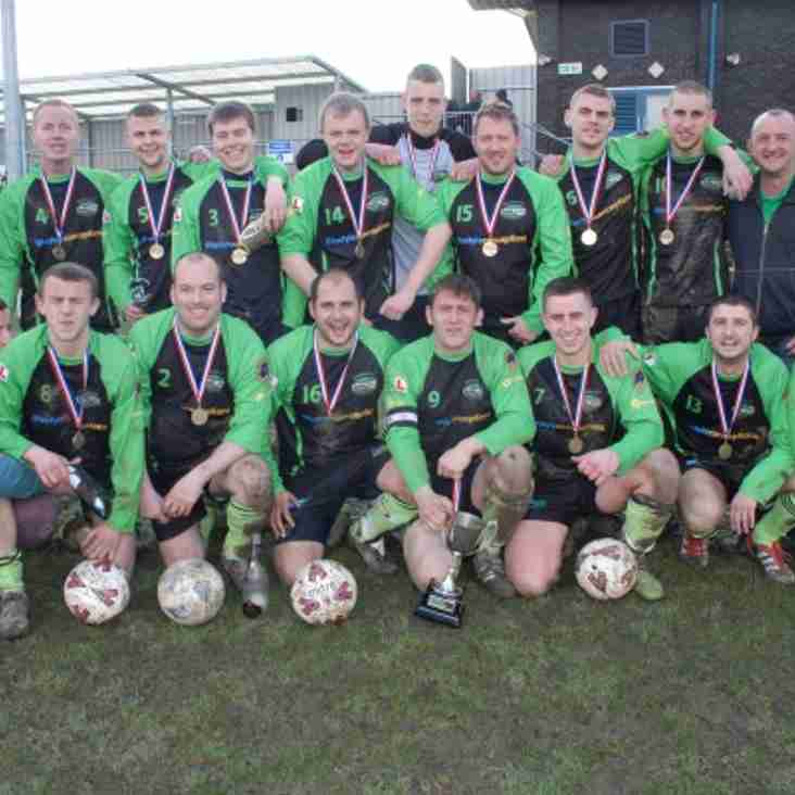 Woodman Up Four Cup