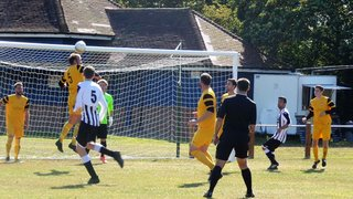 Waveny v Acle United