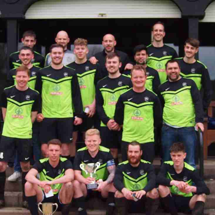 Witney & District Football Reports - Week 28