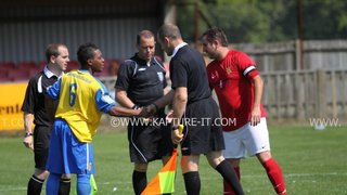 Staines_Town_FC 30-07-2011