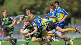Narrow victory for Colts