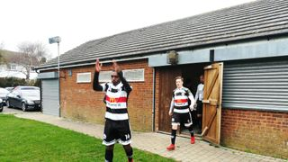 Peckham Town hold out for win on the road