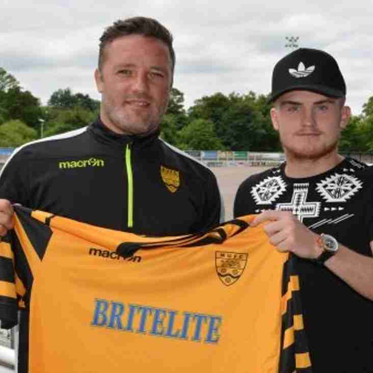 Taylor Commits to Stones