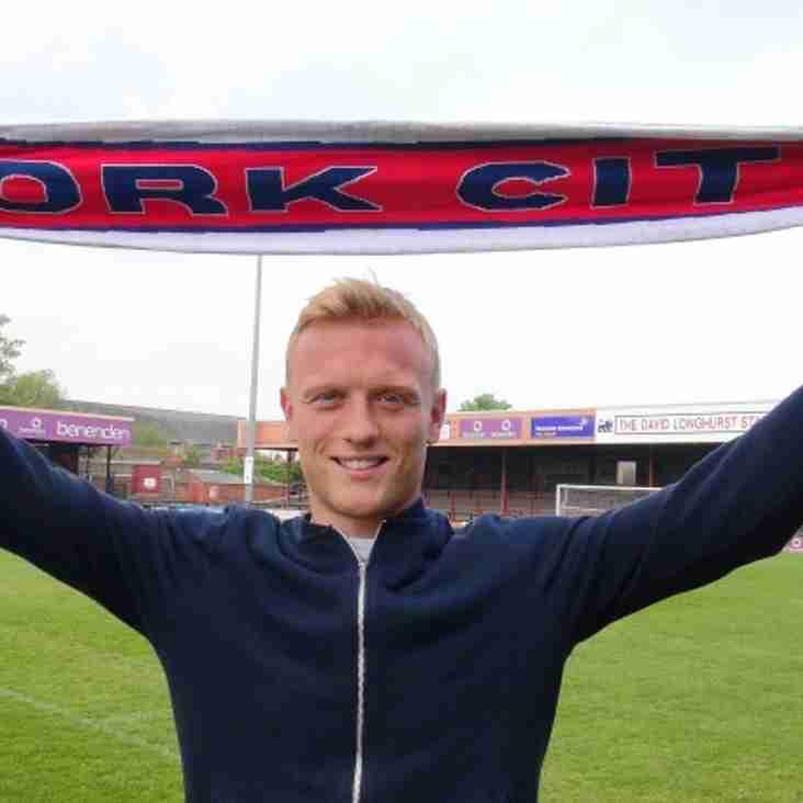 Burrow Follows Penn From Gateshead To Minstermen