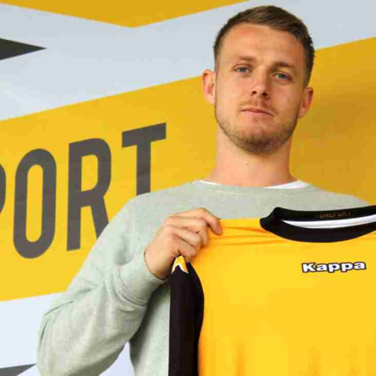 Keeper Hanford Becomes Watson's First New Signing For Port