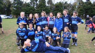 Eton Manor Girls Reach Finals of Worthing 10s!