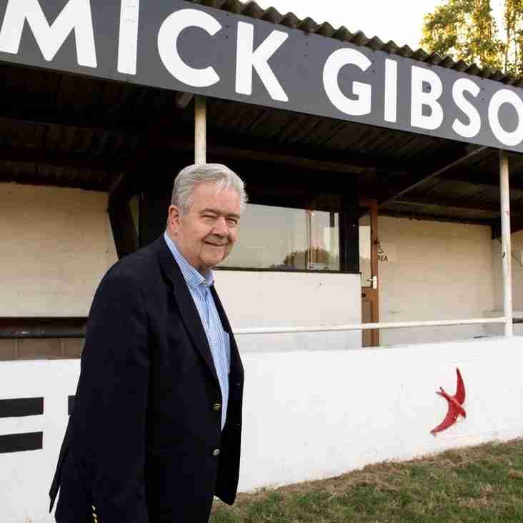 Swifts honour Non-League legend
