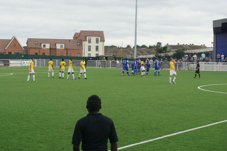 Grays celebrate- and the linesman gets in the way!