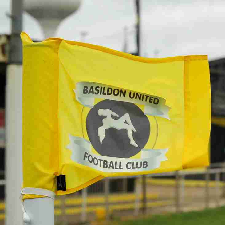 Grosvenor signs on for the Bees