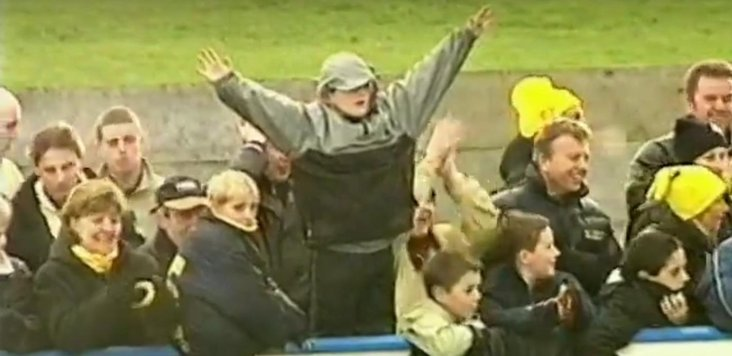 Canvey 2000- David Brown and friends- image cropped from a video!