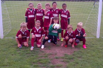 Clarets U9's ready for the new season.