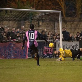 LEATHERHEAD COLLAPSE AS DULWICH GIVE 'EM A TANNING