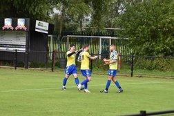 AVDFC 1-2 Old Bradwell United