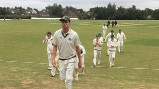 Berkshire need 73 to win with 7 wickets left