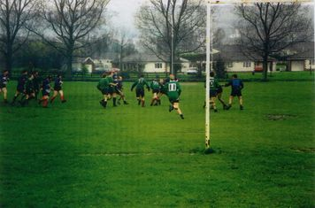 Warrriors: far left John Horwood, not sure whose next: Colin Downey??, Edwards McVicar and Williams, maybe Wayne James, maybe Gary James about to tackle, not sure then
