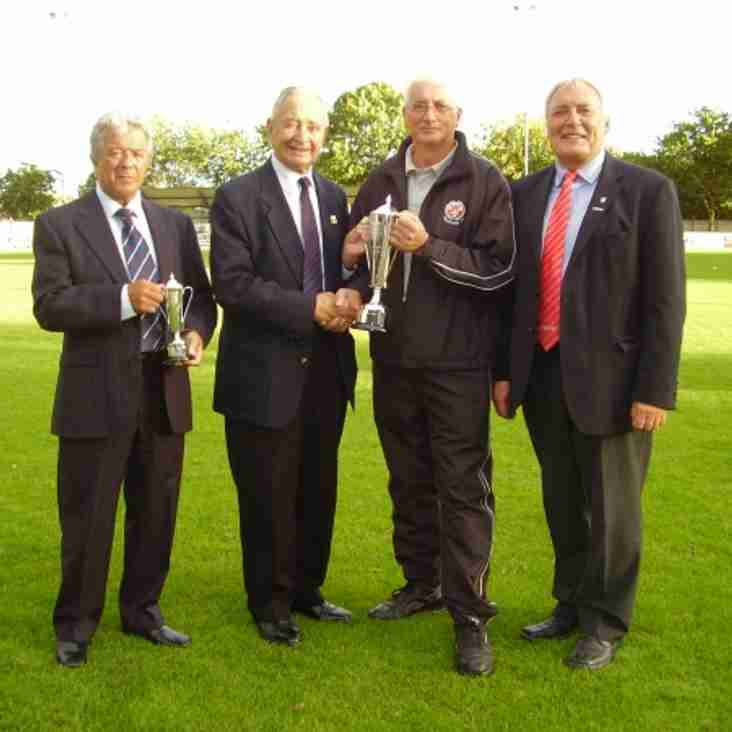 Foxall Receives Groundsman Award