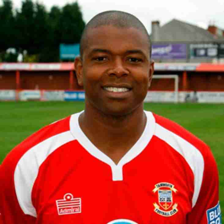 Des Lyttle appointed Hucknall manager