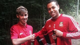 Young Defender signs for Shelley Reserves