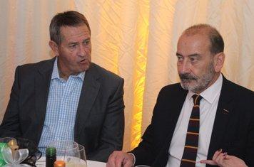 Graham Gooch with Steve Collier