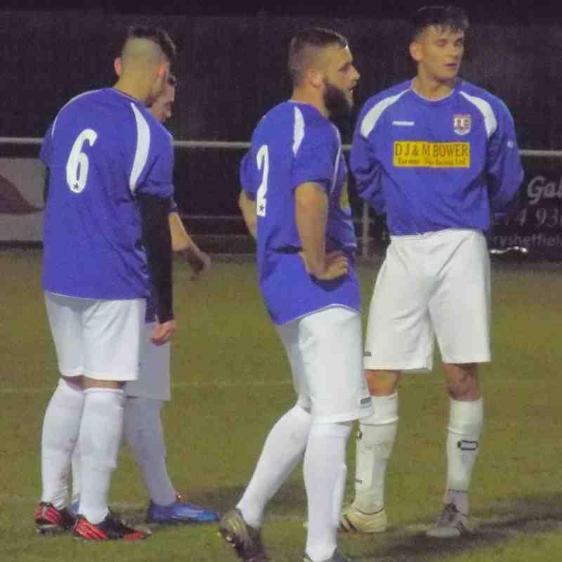 20131126 - Worksop Parramore v Teversal FC