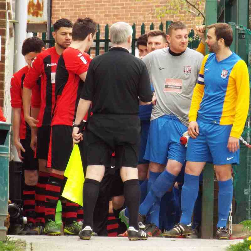 20160423 - Dronfield Town v Teversal FC