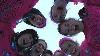 die Power Ladies in der Yeti-Stadt Tarvisio für die siebte Edition des Snow5's  Rugby-Turniers