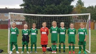 U12 Greens warm up for semi final with good win