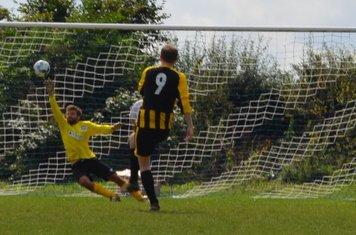 Julian Hawes scores