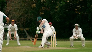 Leather Masterclass Guides 1st XI to Much Needed Win