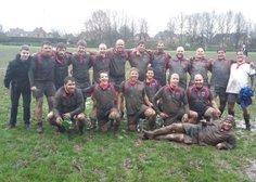 RugbyClub 9 wint felbevochten derby