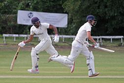 Great pictures from Finchley v North Midd Prem clash