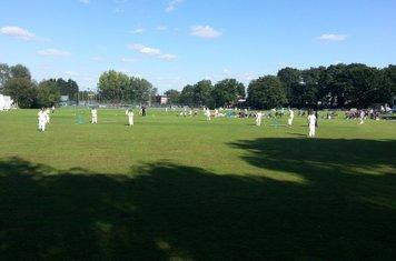 The final North Midd v Bushy Park
