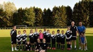MK Rice and Noodle Bar sponsor Girls U9's team