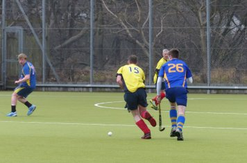 Willis mounting an attack