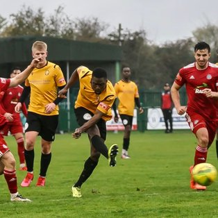 WORTHING TAKE THE POINTS TO STAY TOP.