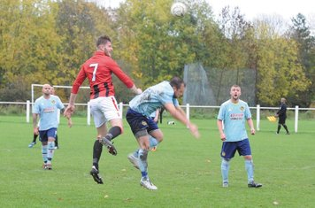 Nick Seabourne vs Paget - courtesy of th Droitwich Standard