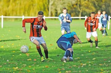 James Lemon vs Coton Green- courtesy of the Droitwich Standard