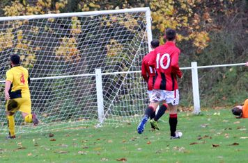 Nick Seabourne opens the scoring vs Earlswood - courtesy of Miriam Balfry & the Droitwich Advertiser