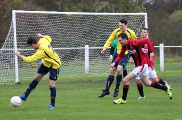 James Lemon & Macaulay Finch vs Welland- photo courtesy of courtesy of Miriam Balfry & the Droitwich Advertiser
