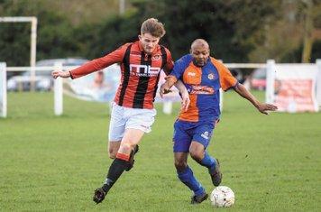Nick Seabourne vs Barnt Green - courtesy of Alex Bradbury & The Droitwich Standard