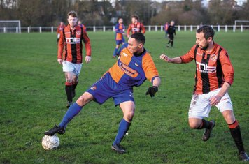 Andy Crowther (front) & Jasper Alford vs Barnt Green - courtesy of Alex Bradbury & The Droitwich Standard