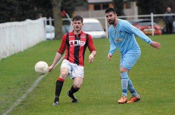 Nick Seabourne vs Alvis - photo courtesy of the Droitwich Standard