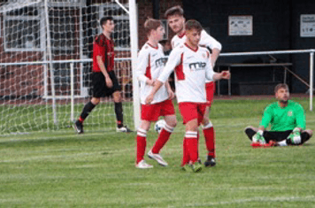 Haydn Morris / Nick Seabourne / Aston Gunter Friendly v Alcester Town (A) courtesy of Peter Ray