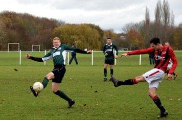 Jamie Smith lets fly v Sutton United - photo courtesy of Jonathan Holloway