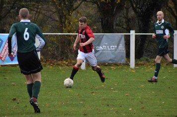 Josh Szikora Warmington brings it forward v Sutton United - photo courtesy of Jonathan Hollowayi