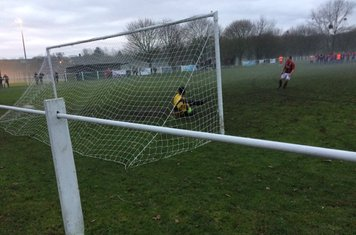 Andy Crowther misses the decisive penalty v Barnt Green