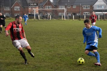 Andy Crowther v Bloxwich (A) courtesy of Jon Holloway
