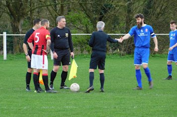 Andy Crowther & former Saltman Jamie Hatfield pre-match v Redditch Borough - courtesy of Peter Ray